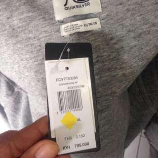Jacket quik silver cewek cowok uk xl baru belum sama sekali dipakan masih ada list harga belu