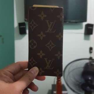 v wallet