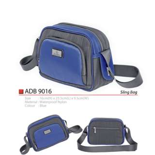 High Quality Blue Waterproof Nylon Sling Bag with 3 Compartment ADB9016