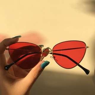 🍒Red Vintage Cat Eye Sunglasses🍒