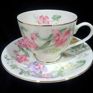 LA SEINE Vintage Set of 3 Cup & Saucer