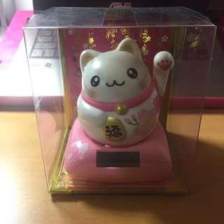 粉色招财猫