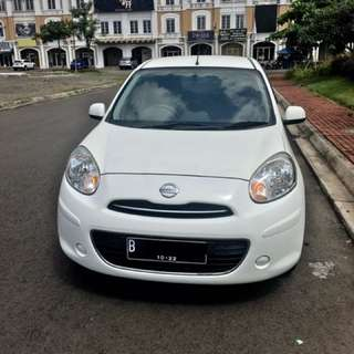 Nissan march 2012 matic putih