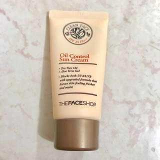 The Face Shop Clean Oil Control Sun Cream SPF 35