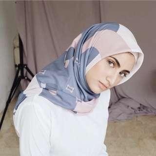Daisy Lumiere Scarf by Vanilla Hijab