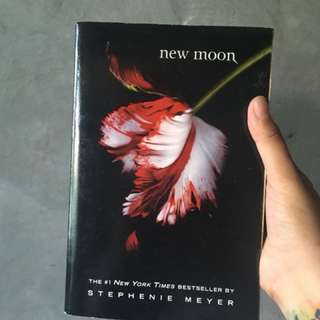 Twilight: New Moon US edition by Stephenie Meyer