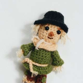 Crochet wizard of oz the scarecrow