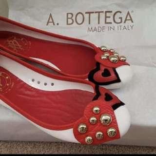 Authentic bottega flat shoes