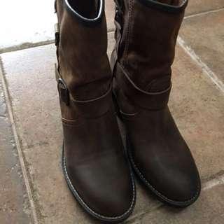 PLDM 咖啡色牛皮工程短靴 36號