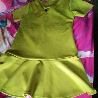 Gaun hijau