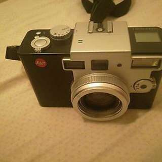 FOR SELL Camera leica digilux