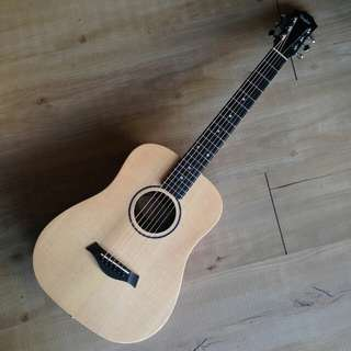 Taylor Baby Taylor BT-1 travel guitar