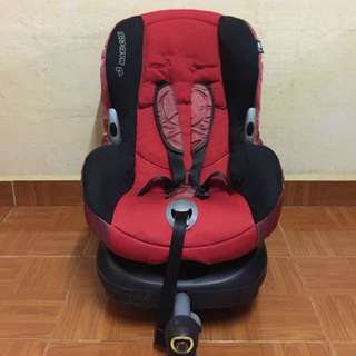 Maxicosi Priori XP with Isofix