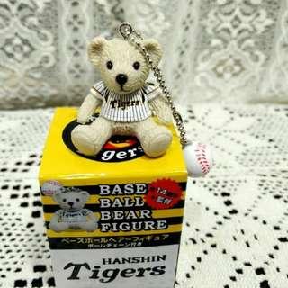 二手2011年已絕版日本職棒阪神隊24號桧山選手阪神選手泰迪熊小吊飾