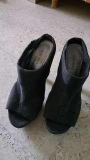 Original NINE WEST high heels