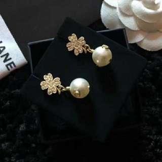 Chanel 雙C珠珍耳環