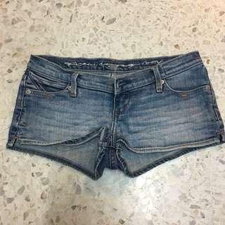 Ruehl's Low Waist Shorts