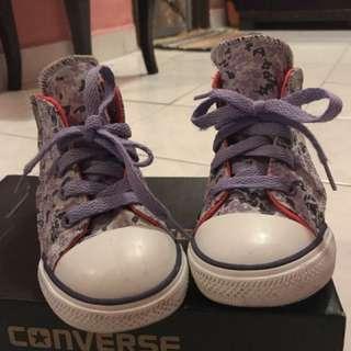 Preloved Converse Shoe