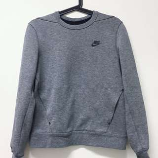 Nike tech fleece crew 女生大學t