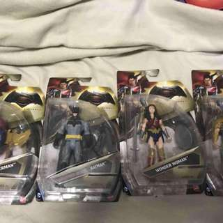 Mattel Justice League Set: Epic Battle Superman, Grapnel Blast Batman, Wonder Woman and Aquaman