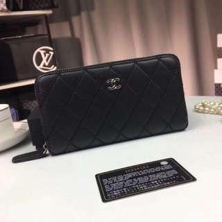 Premium Chanel Zippy Wallet