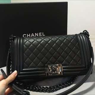 Chanel Boy Medium Black
