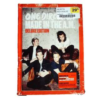 One Direction Made in the A.M. Deluxe Edition Yearbook