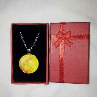 Yellow Moon Necklace💛