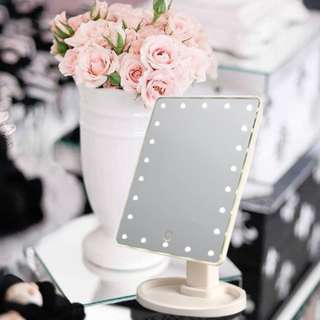 LED 22 Lighted MAKEUP MIRROR WHITE