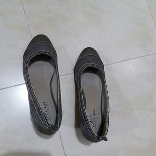 二手女裝鞋  38碼 約6成新  60%new