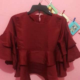 blouse terompet maroon