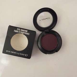 Mac eye shadow sketch velvet
