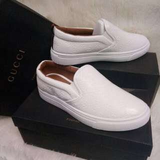 Onhand Slip-on Shoes (36)