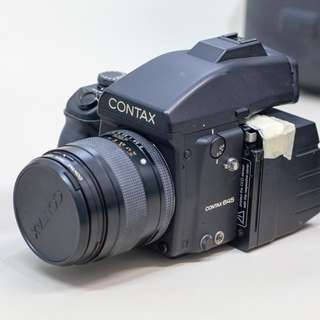 CONTAX 645 80mm F2 with SINAR Digital Back