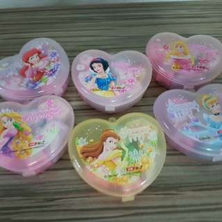 Princess for your little ones, with container. Bal : 4 hearts