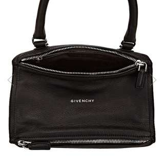 Givenchy Pandora Small Massager Bag (黑色)