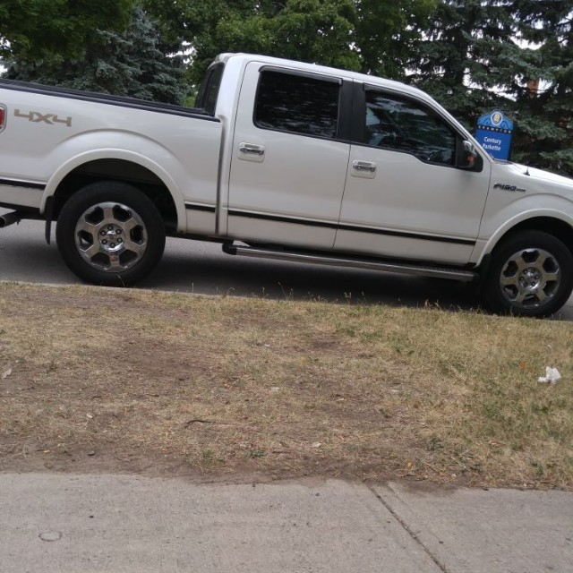 2011 Ford f-150 _ Fully loaded