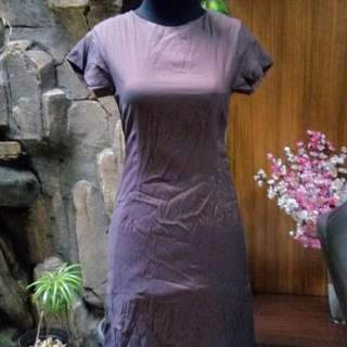 Dress kerja.formal / informal