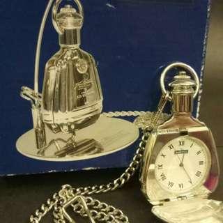 馬爹利古董鉈錶連座和盒。