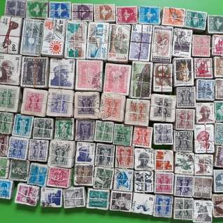 91 x 100 X india Definitive Stamps ( 91 BUNDLES ) - ALL ARE DIFFERENT - ALL ARE POSTALLY USED inde indien