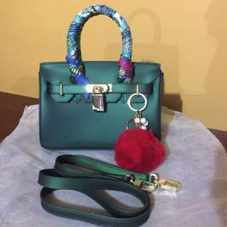 Berkins Hand/Sling Bag (Green)