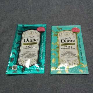 MOIST DIANE Extra Fresh & Hydrate Shampoo And Treatment Samples
