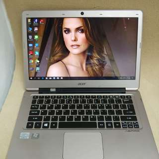 Acer i3 3rd generation 13.3 inches ultra thin internal camera good for study battery NEW
