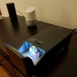LG PF1000U Projector