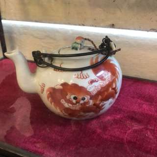Old replica red foo dog tea pot