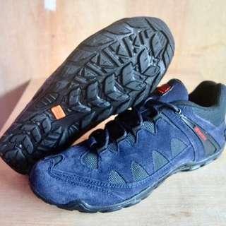 Sepatu Karrimor Biru Outdoor Hiking Shoes 40