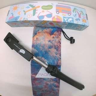 MAGIPEA自拍腳架直播神器--極致黑限量三腳自拍棒+藍芽遙控器