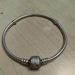 Pandora 19 cm silver clasp bracelet