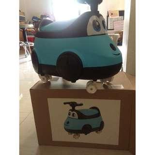car potty trainer w/ wheels