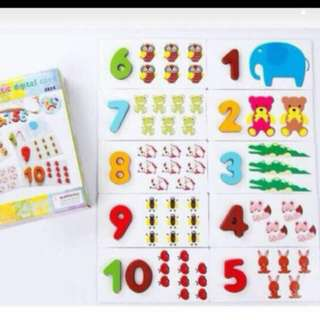 Wooden numbers counting puzzle